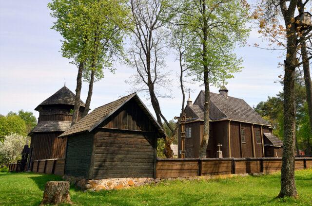 Dřevěný kostel v Palúše, Litva