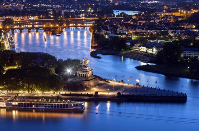Deutsches Eck, Rýn, Koblenz, Německo