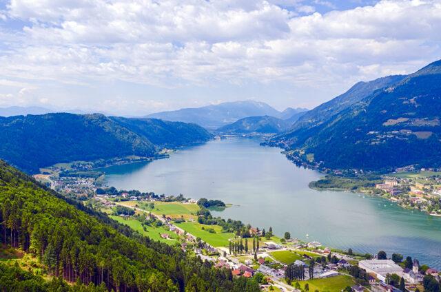 Jezero Ossiachersee, Korutany, Rakousko