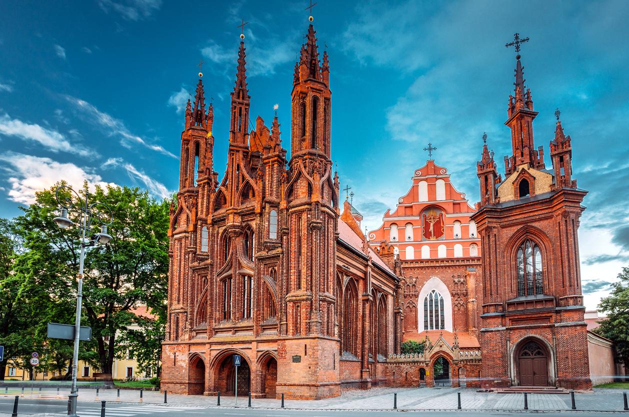 Kostel sv. Anny, Vilnius, Litva