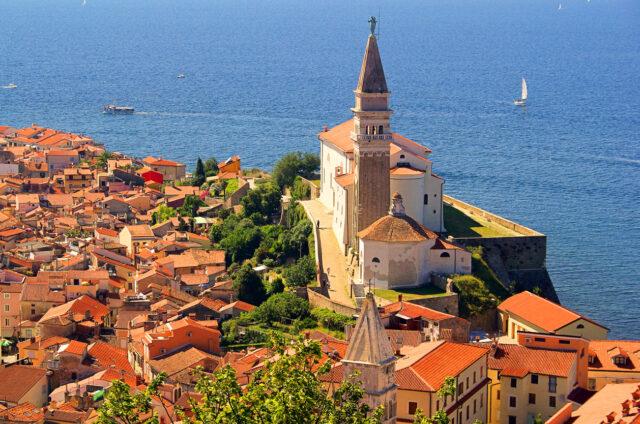 Pohled na staré město, Piran, Slovinsko