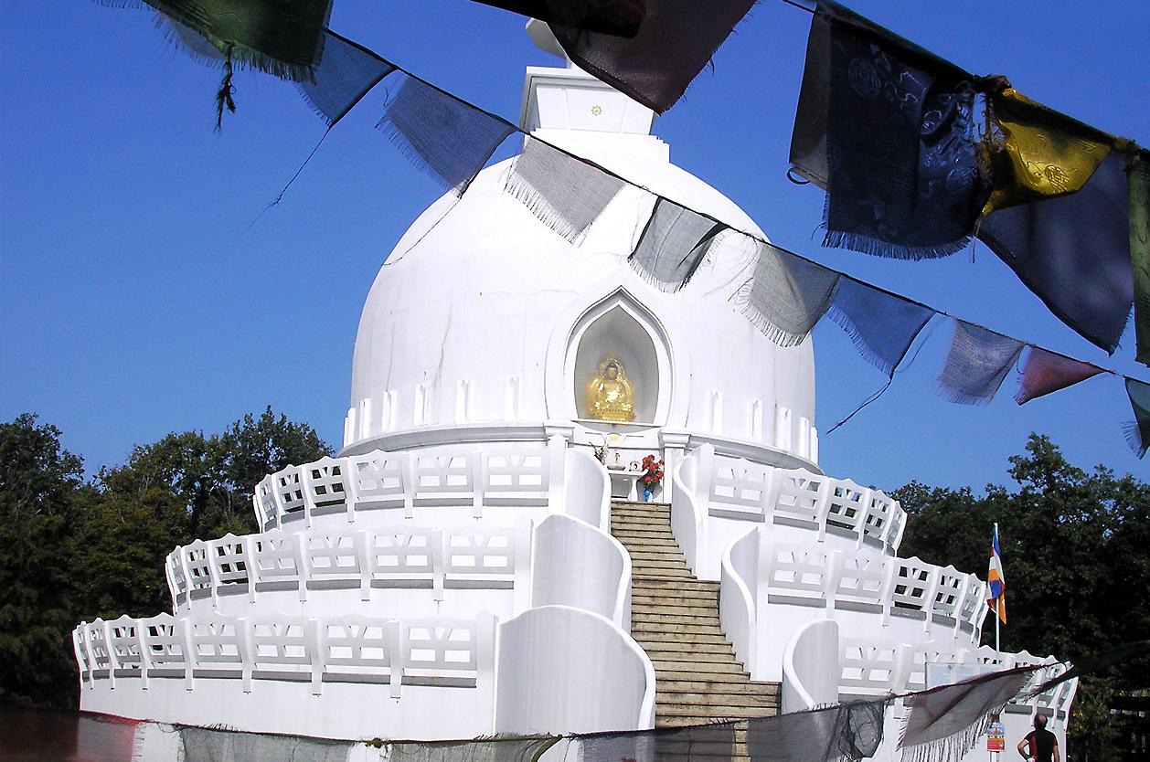 Buddhistická stůpa, Zalaszántó, Maďarsko