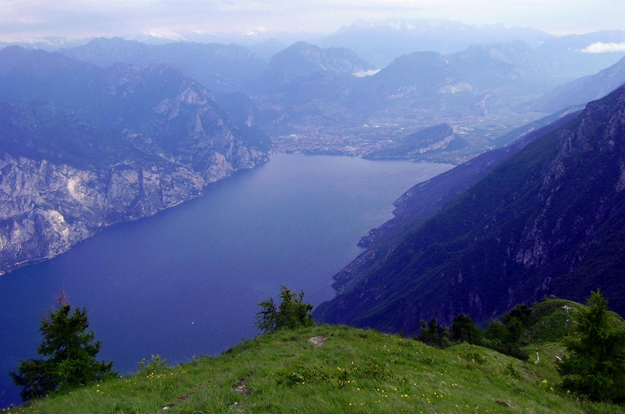 Pohled z vyhlídky, Monte Baldo, Itálie
