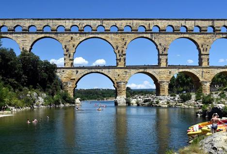 Římský akvadukt Pont du Gard, Francie