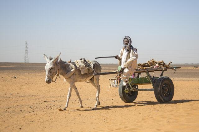 Cesta pouští u Chartúmu, Súdán