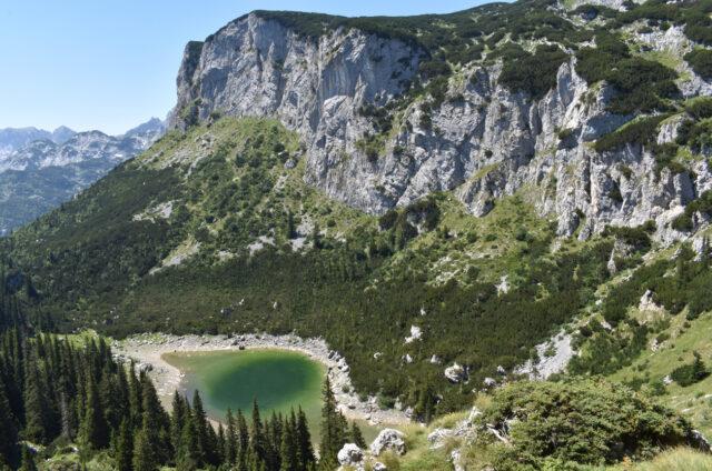 Jablaničko jezero v N.P.Durmitor, Černá Hora