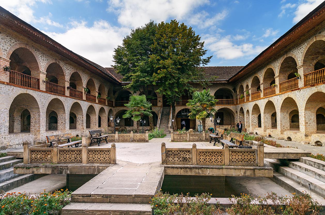 Karavanseraj, Šeki, Ázerbajdžán