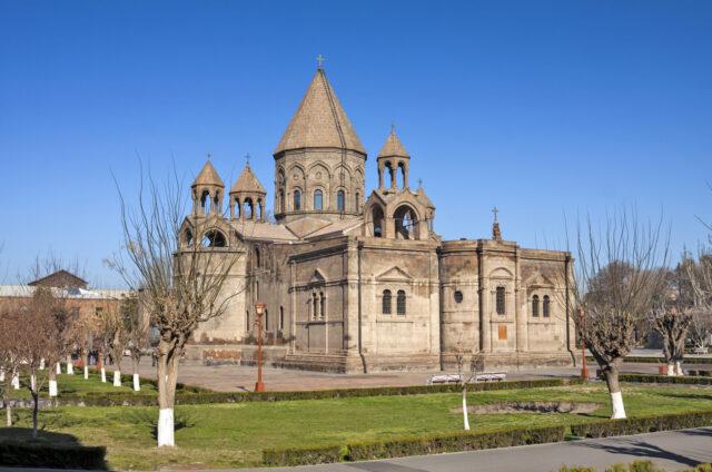 Katedrála Ečmiadzin Mayr Tachar, Vagharshapat, Arménie