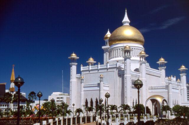 Mešita sultána Omara Aliho, Brunej