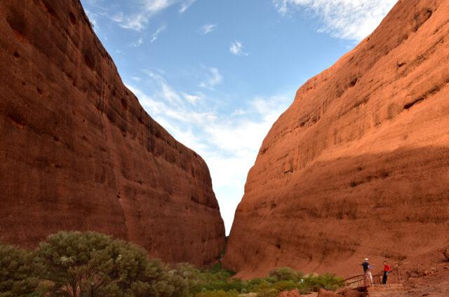 Olgas, N.P. Uluru-Kata Tjuta, Austrálie