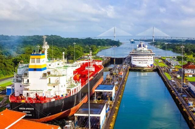 Panamský průplav - Miraflores, Panama