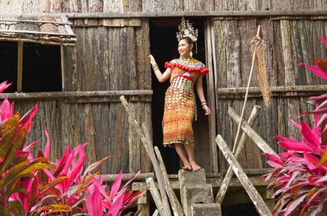 Tradiční vesnice, Sarawak, Borneo