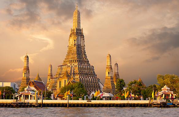 Chrám úsvitu Wat Arun, Bangkok, Thajsko