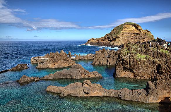 Přírodní mořská lávová jezírka, Porto Moniz, Madeira