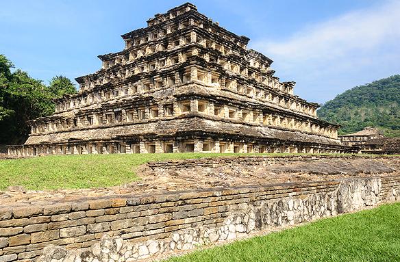 Pyramidy v El Tajin (UNESCO), Mexiko