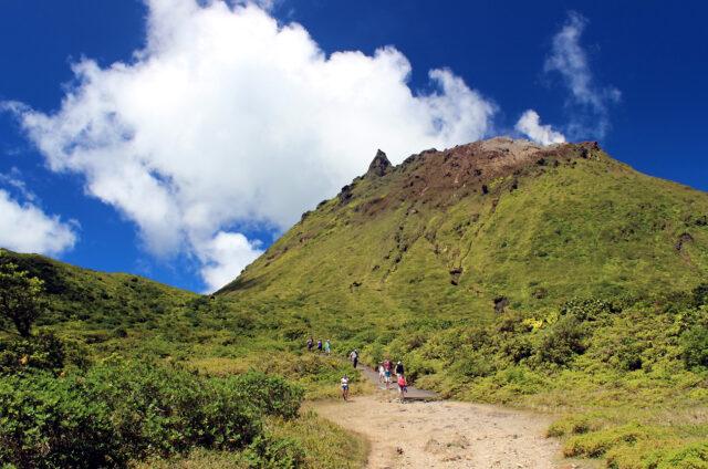 Činná sopka La Soufrière, Guadeloupe