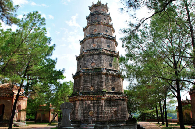 Bájná pagoda Thien Mu, Hue, Vietnam