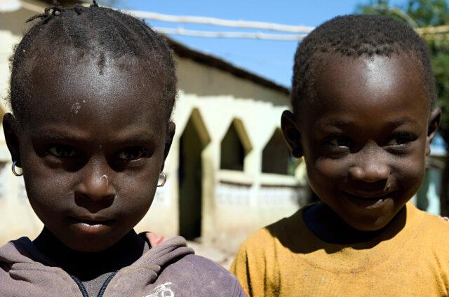Děti v Gambii, Gambie