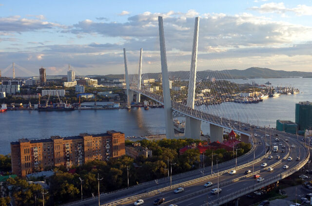 Druhý nejvyšší most světa, Vladivostok, Rusko