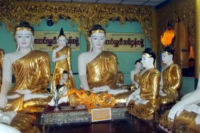 Kolekce Buddhů, Rangún, Barma