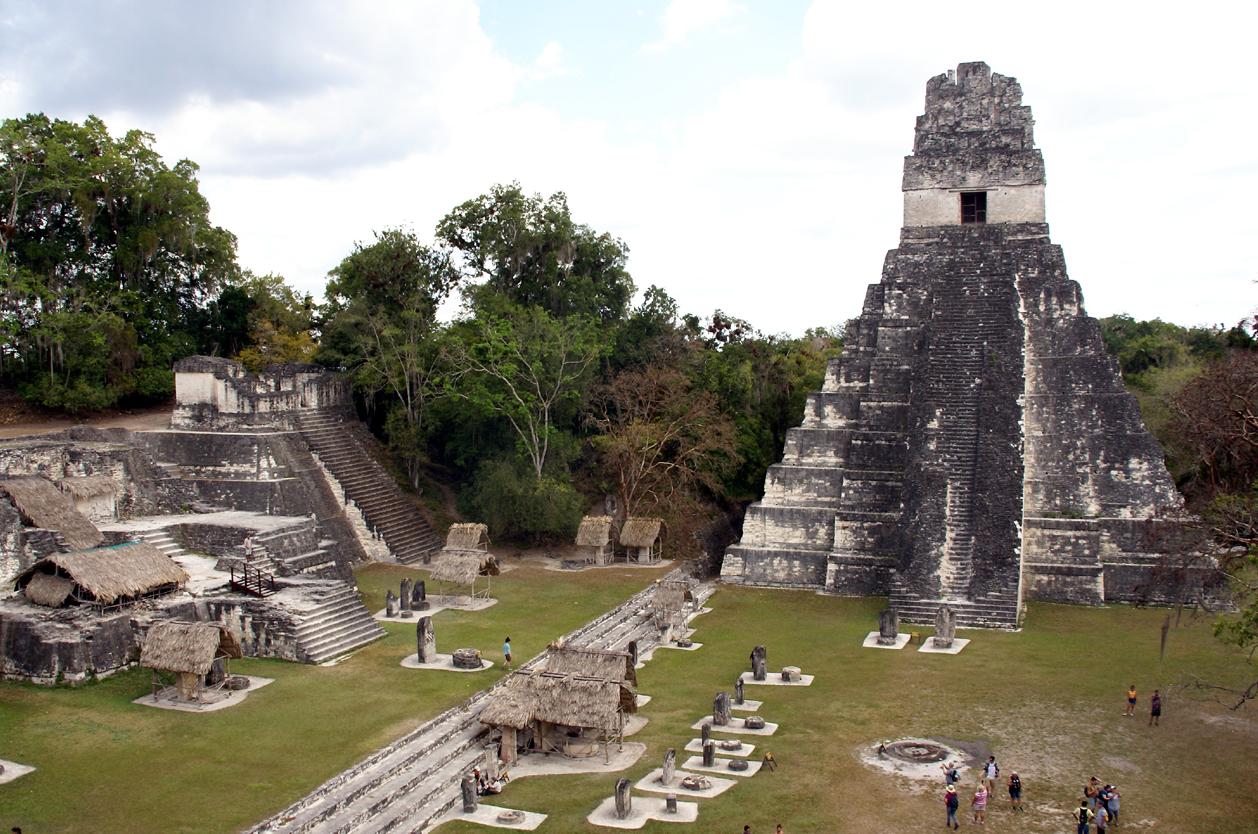 Mayské město Tikal, Guatemala