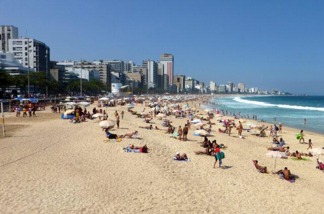 Pláž Copacabana, Rio de Janeiro, Brazílie
