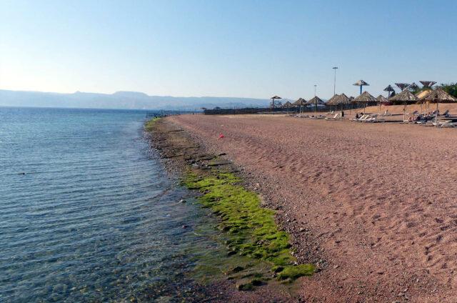 Pláž Rudého Moře, Aqaba, Jordánsko