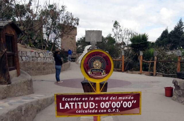 Rovník, Mitad del Mundo, Ekvádo