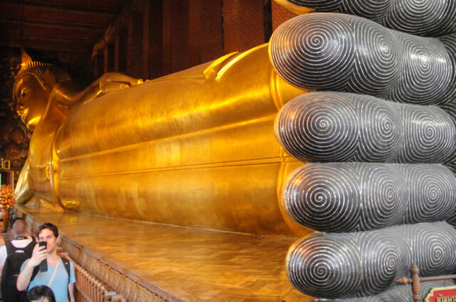 Socha ležícího Buddhy, Wat Pho, Bangkok, Thajsko