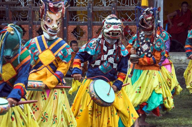 Tradiční tanec v maskách, Bhútán