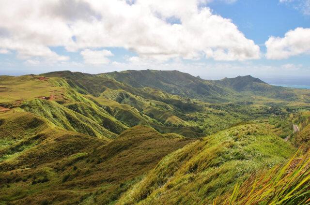 Výhledy z Mt. Jumullong Manglo, Guam