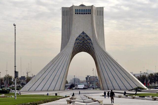 Věž Svobody Azádí, Teherán, Írán