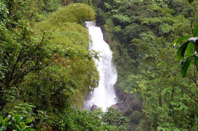 Vodopád, Dominikánská republika
