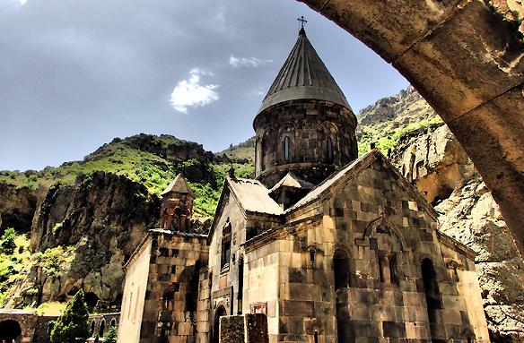 Horský klášter Geghard, Arménie