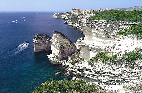 Skály u Bonifacia, Korsika