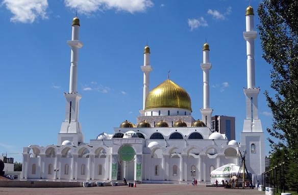 Mešita Nur-Astana, Kazachstán