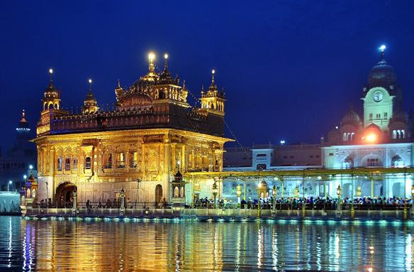 Zlatý chrám v Amritsaru, Indie