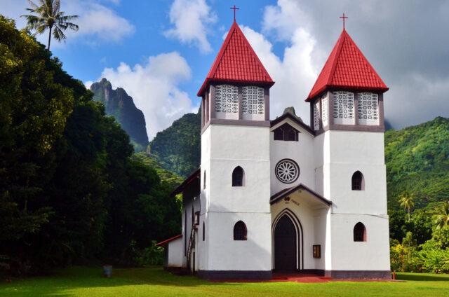 Moorea, Chrám sv. rodiny, Návětrné ostrovy, Francouzská Polynésie