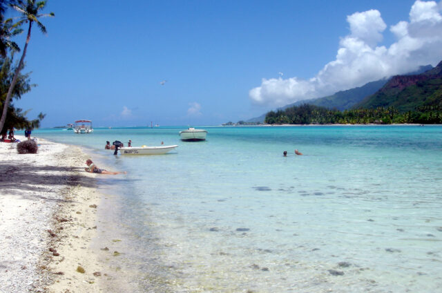 Moorea, motu Tiahura, Návětrné ostrovy, Francouzská Polynésie