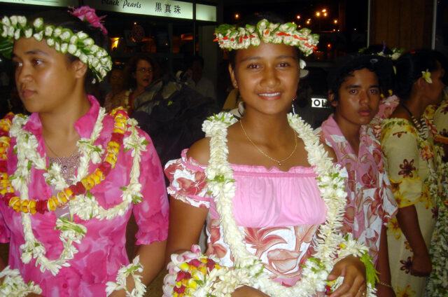 Tahiti, folklorní soubor v Papeete, Návětrné ostrovy, Francouzská Polynésie