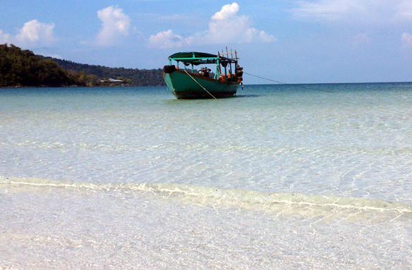 Bílé pláže ostrova Koh Rong, Kambodža