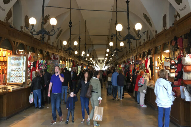 V historické tržnici, Krakow, Polsko